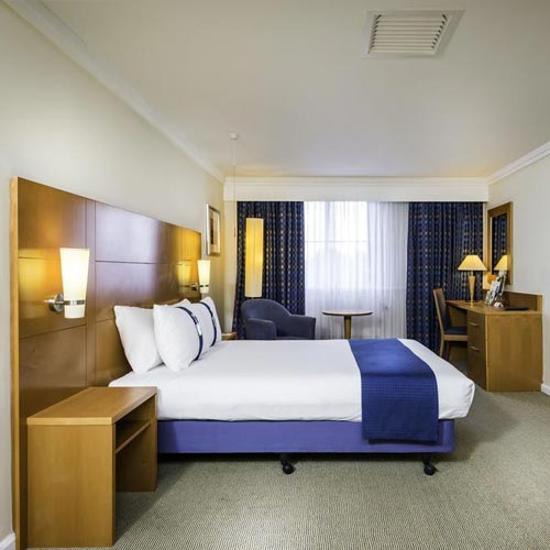 Holiday inn room - miTour